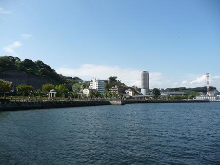 101008-よこすか軍港めぐり (15)