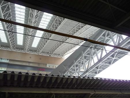 101113-大阪駅 (13)