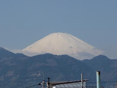 110305-富士山(新松田駅) (2)