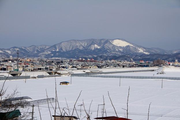 雪原と東岳ー1