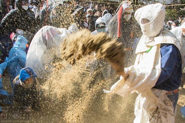 砂かけ祭り