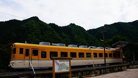温井ダムドライブ (54)安野花の駅公園