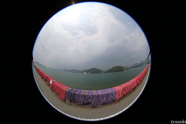 瀬戸内海の赤い漁網4