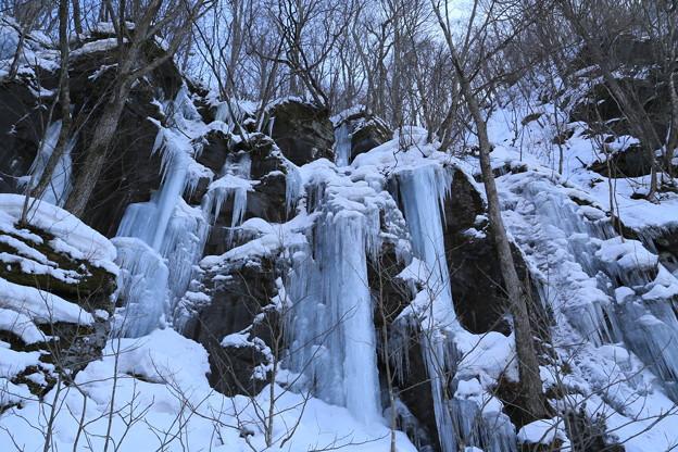 馬門岩の氷柱