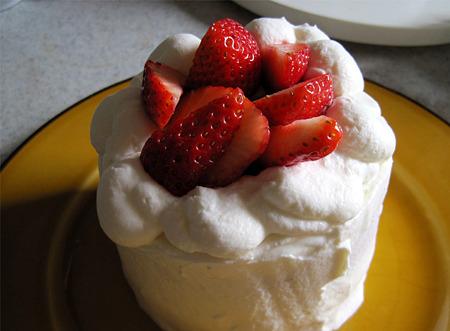 やる気のないケーキ