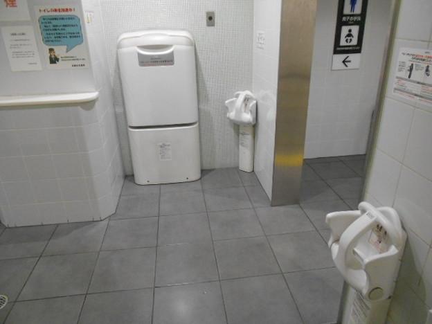 08-05 烏丸御池駅(K08・T13)トイレ(02)
