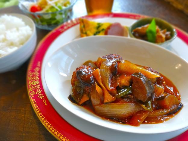 cafe pino カフェピノ 日替わりランチ 肉団子の甘酢あんかけ 広島市南区的場町1丁目
