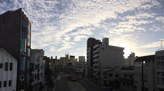 的場陸橋から広島電鉄 段原一丁目電停 広島市南区段原1丁目 - 金屋町 比治山通り 2017年9月1日