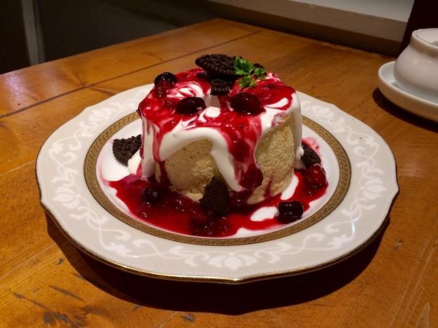 紙屋町パーラー まるまるシフォン ベリーベリー berry berry chiffon cake 広島市中区基町 パセーラ5F