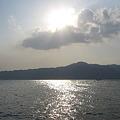 琵琶湖と比叡山と雲と太陽