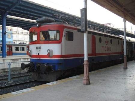 テッサロニキ行き列車(スィルケジ駅)(2)