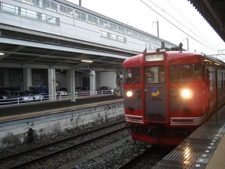 長野行き普通列車(上田駅)(1)