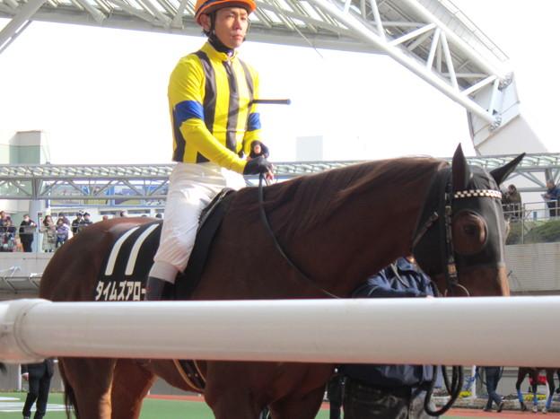 タイムズアローと戸崎圭太騎手