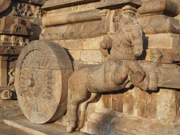 山車の跳ね馬~ヒンドゥー彫刻  Prancing horse
