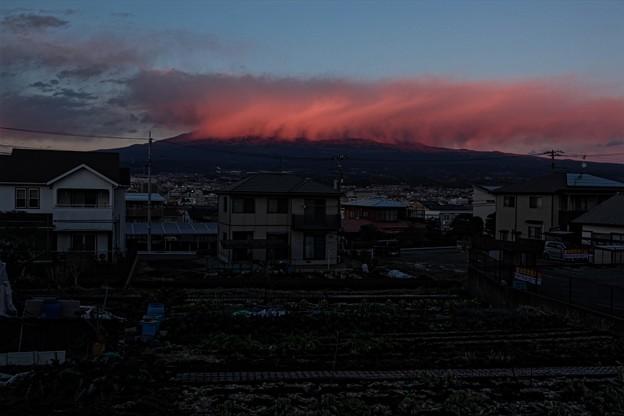 1月12日富士宮からの夕方富士山~ 富士山見えませんでしたが、夕焼け雲が面白い感じでしたね!