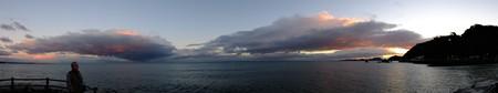 二見浦パノラマ05 12月朝6:58 大空を東西に分ける二つの巨大な雲
