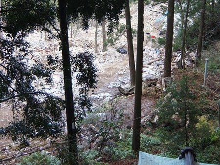 飛瀧神社05 2011災害の爪痕1