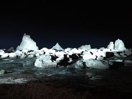 奇岩に昇るオリオン(橋杭岩)05