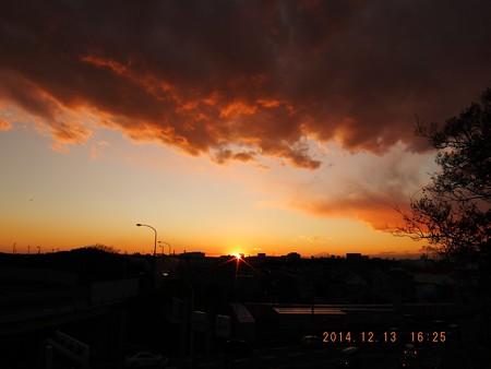 落日と富士 20141213-01