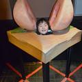 写真: 桃から生まれたシューくん