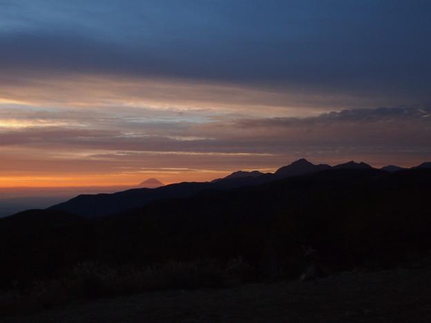 夜明けの富士遠望1