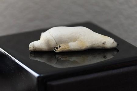 2014.11.24 机 つかれた寝 白熊