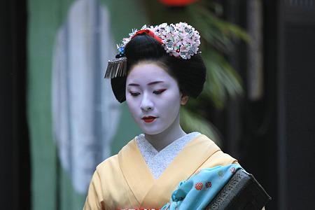 2010.04.30 祇園 都をどり 舞妓さん