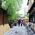 写真: 2010.04.30 祇園 白川たつみばし