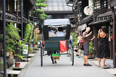 2010.08.19 高山 上三之町 人力車