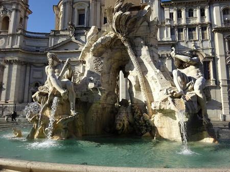 180113-02四大河の噴水