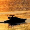 海の夕焼け遊覧船