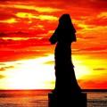マニラ湾の慰安婦像