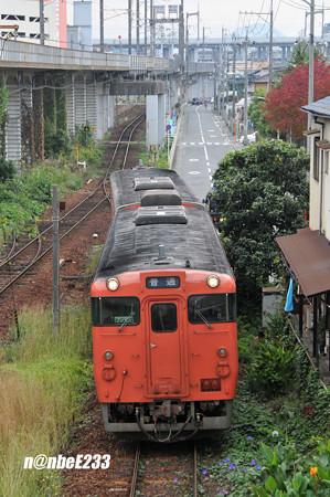 芸備線 矢賀駅に入線する キハ47
