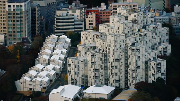 アメリカ大使館寄宿舎  設計:ハリー・ウィーズ&アソシエイツ