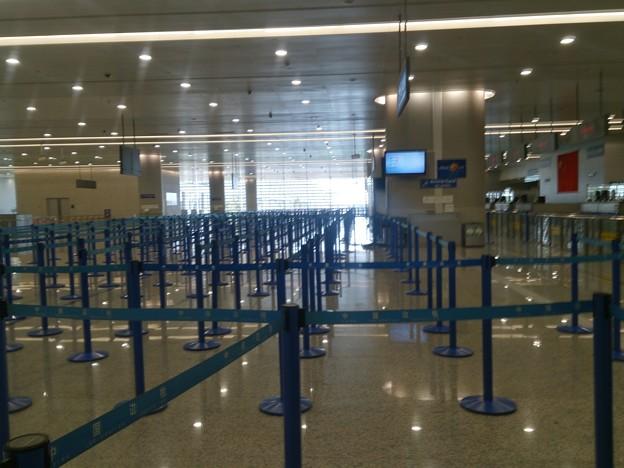 中国の元旦 浦東空港入国審査はガラガラ