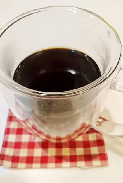 G先生にこれを。コーヒー淹れました・・