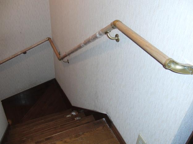 階段手すりの取り付け