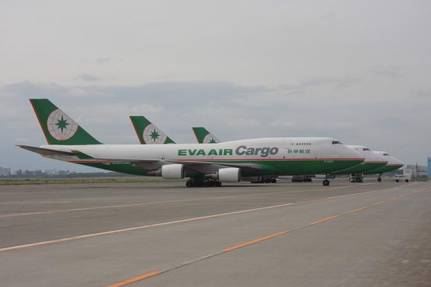 B747-45E B-16401 EVA AIR Cargo CTS 2009.06