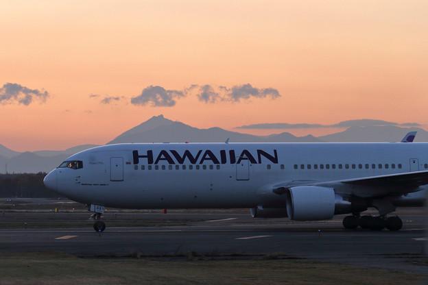 B767 Hawaiian Air 到着(2)