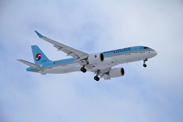 BombardierCS300 初撮り (1)