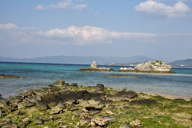 石垣島を望む