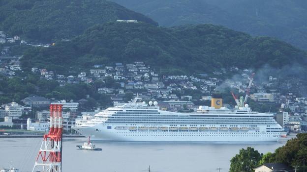 写真: コスタ・フォーチュナ入港