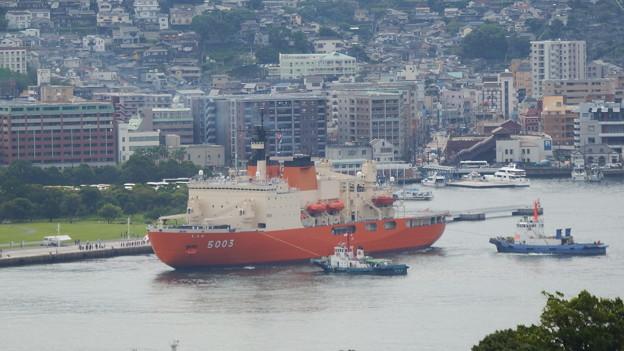 南極観測船しらせ出港 1