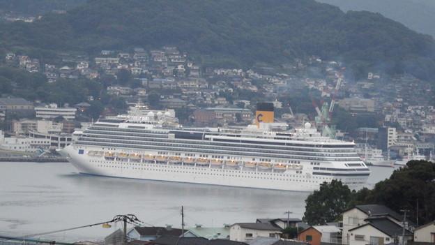 コスタ・セレーナ入港