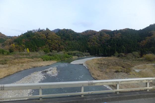 この辺は久慈川