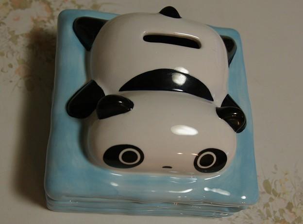 写真: パンダの貯金箱