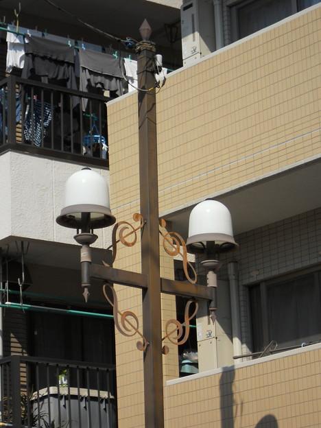 ト音記号街灯
