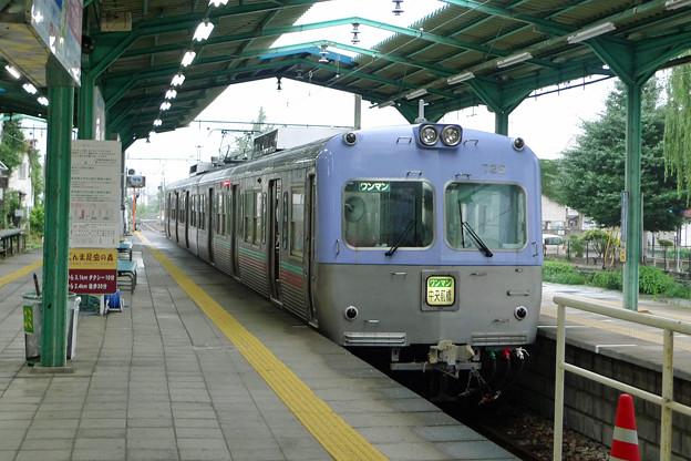上毛電鉄中央前橋駅にて