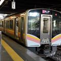 Photos: 上越線E129系@長岡駅