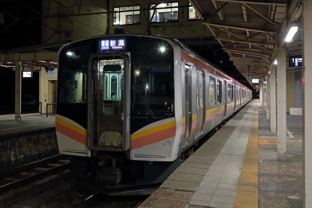 E129系@羽越本線村上駅
